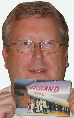 Dale's Spaceland Postcard